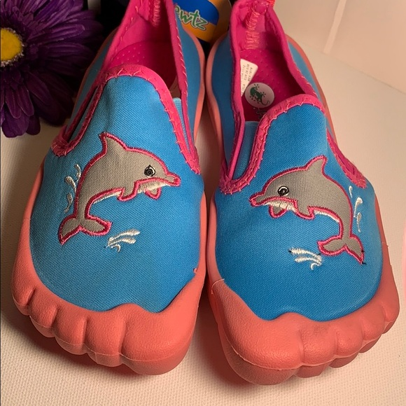 Newtz Other - NWT Newtz water shoes Size 11-12